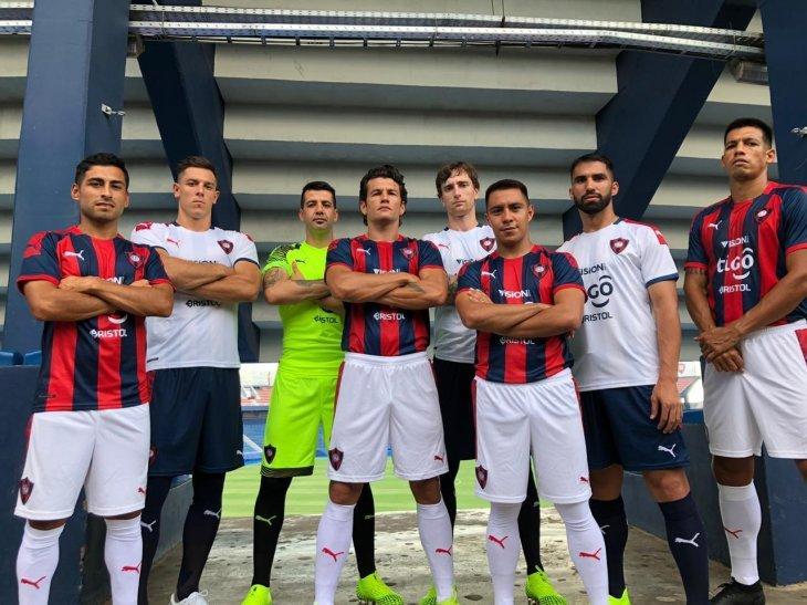 Cerro Porteño presentó oficialmente su nueva camiseta para la temporada 2020
