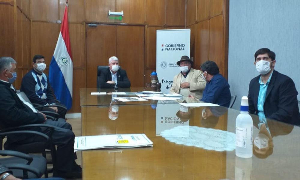 Gobernador del Caaguazú se reunió con Arnoldo Wiens